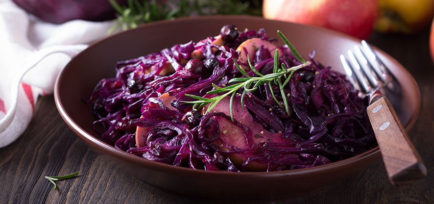 Wintery red cabbage and apple